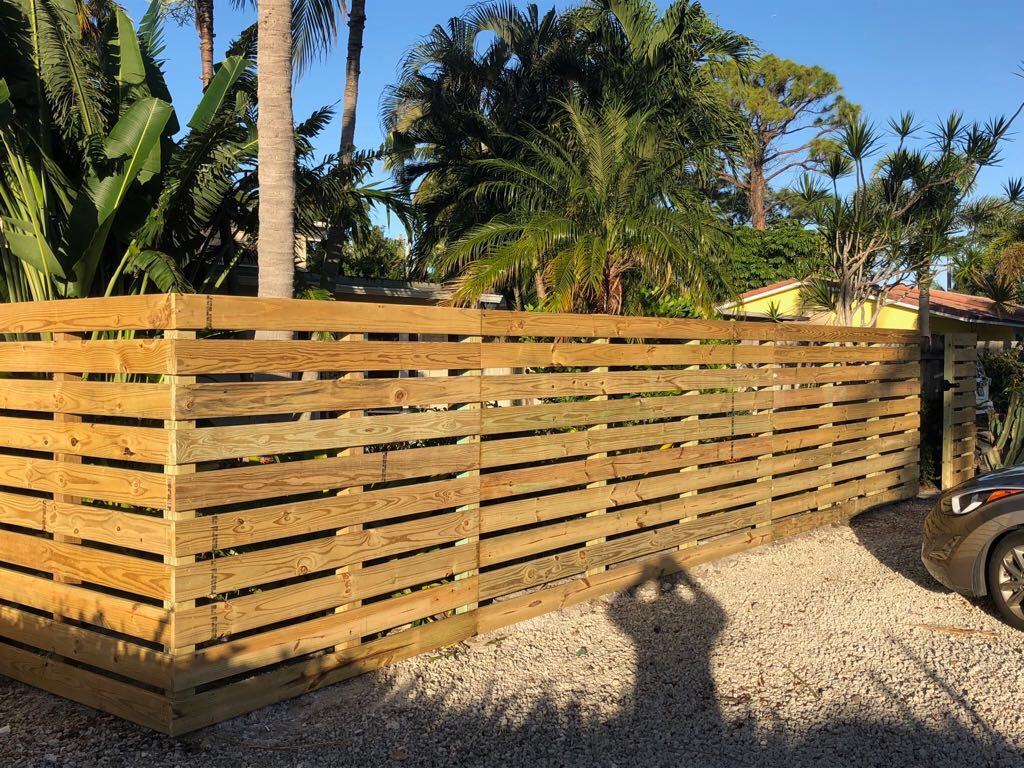 residential fence styles in wellington fl