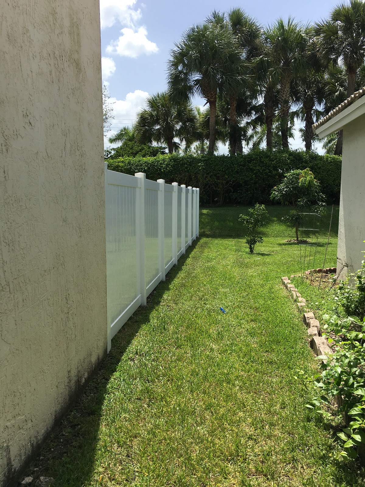 pvc fence repair in wellington florida