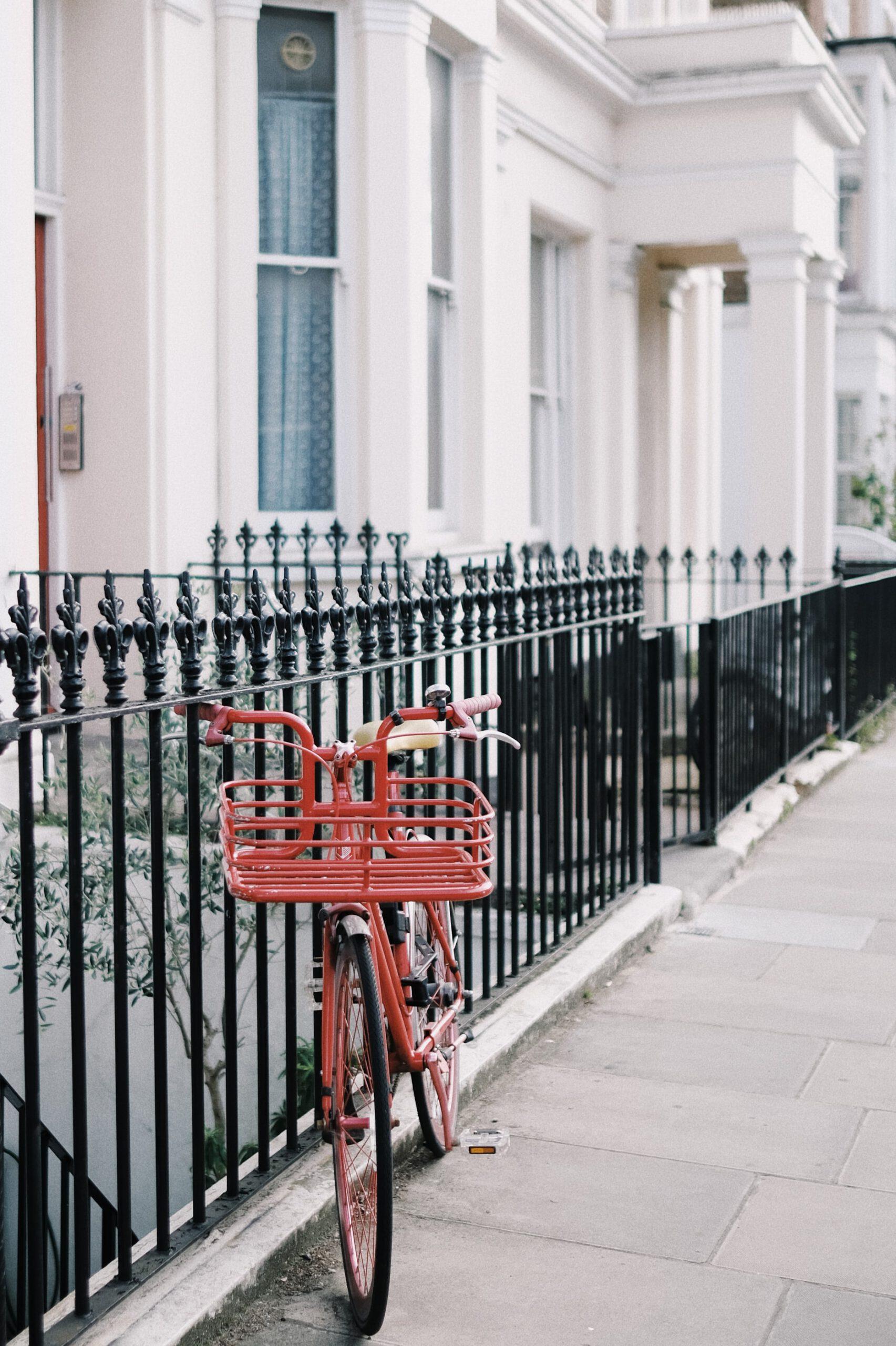 Fence contractor in Wellington