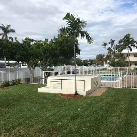 commercial fencing wellington fl